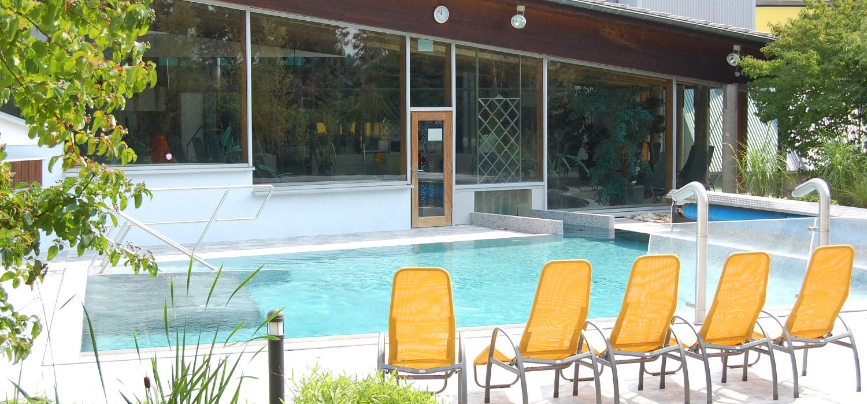 Laguna Asslar | Thermalsolebad – Wellness, Mirealsole ...  Laguna Asslar |...